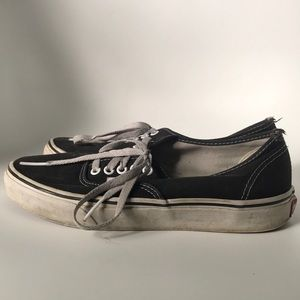 1671c09744 Vans Shoes - Trashed Vans off the wall skater shoes men s 8